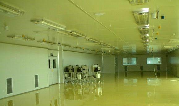 手消毒--风淋通道--洁净走廊--洁净车间           在净化车间及走廊